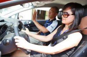 Học lái xe ô tô tại quận 10