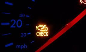 Đèn check-engine sáng do những nguyên nhân nào?