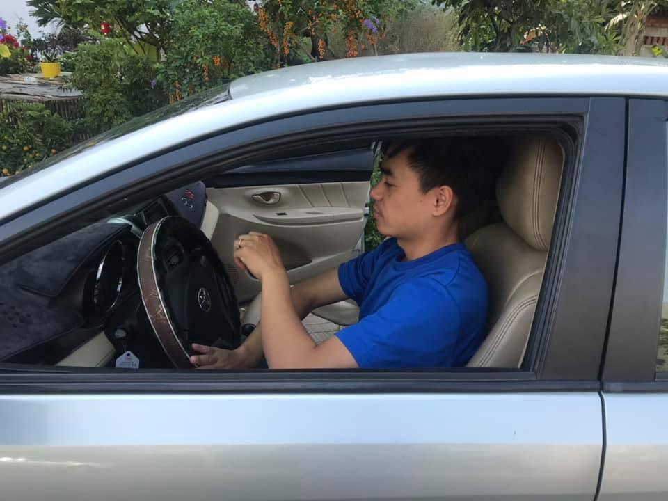 Buổi học lái xe B2 đầu tiên - Số nóng số nguội, dừng ngang vai và qua hàng đinh